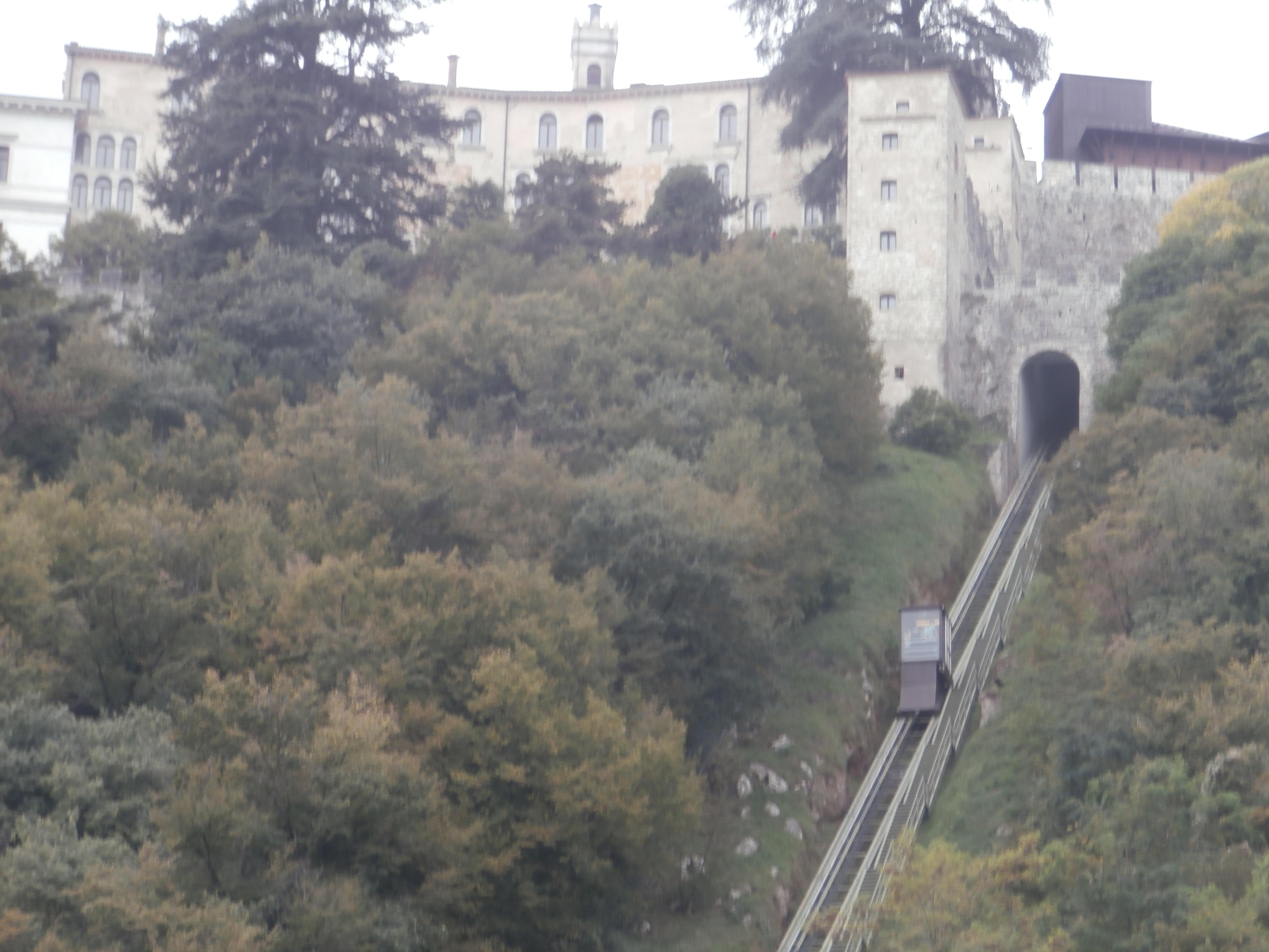 PA057080 I castelli (Collalto  Susegana  Conegliano  Castelbrando  Zumelle)
