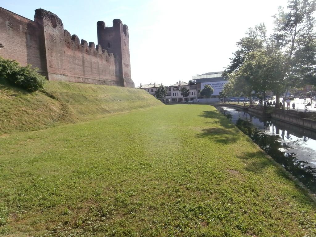 mura lato nord ovest 1024x768 Castelfranco  terra del Giorgione