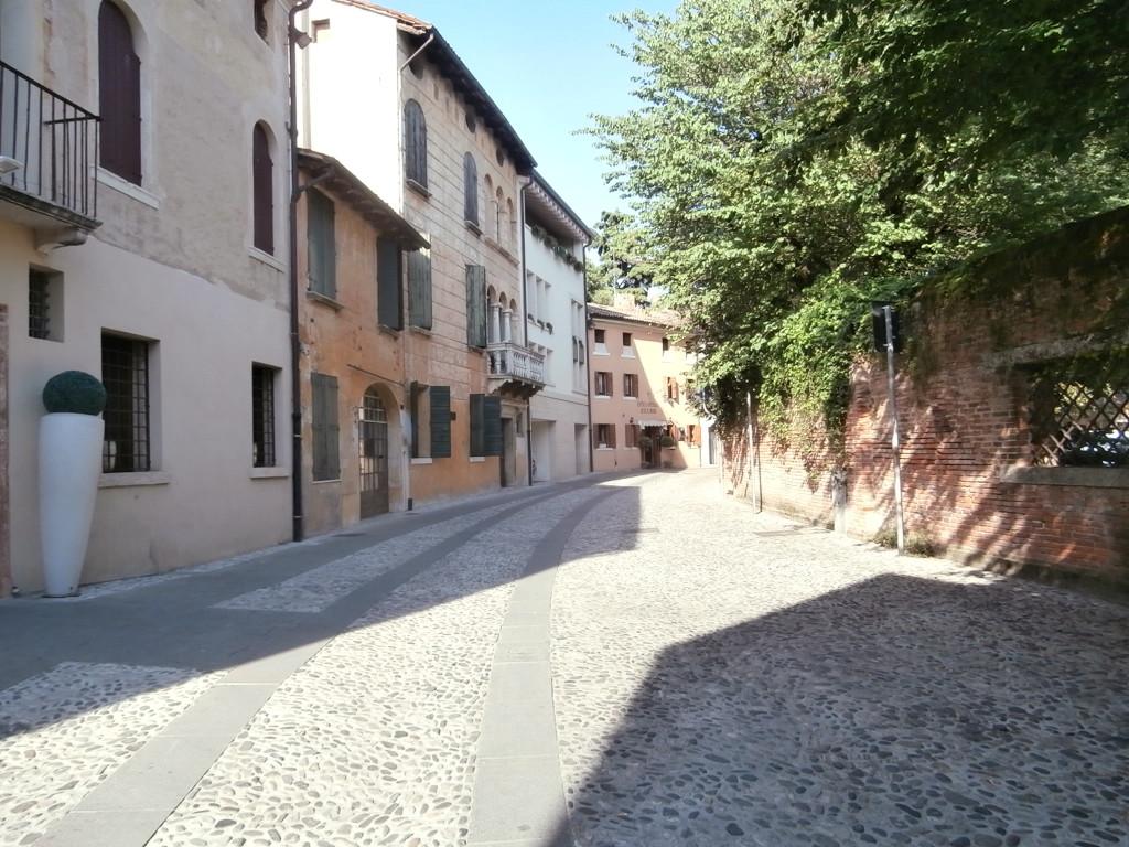 vicolo 1024x768 Castelfranco  terra del Giorgione
